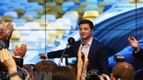 Tổng thống đắc cử Ukraine sẵn sàng đàm phán với Nga; Australia sẽ giới hạn số lượng người di cư