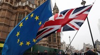 Mỹ sẽ viện trợ thêm 140 triệu USD cho Ukraine; EU lạc quan về triển vọng Brexit có trật tự