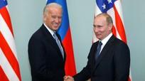 Giải mã đòn phối hợp trừng phạt của Mỹ, EU nhằm vào Nga