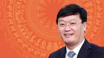[Infographics] Chân dung Chủ tịch UBND tỉnh Nghệ An Nguyễn Đức Trung