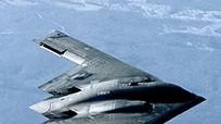 Máy bay ném bom tàng hình B-2 xuất hiện bất thường trên bầu trời nước Mỹ