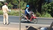 Hiện trường vụ tai nạn khiến vợ chồng người Nghệ An tử vong thương tâm