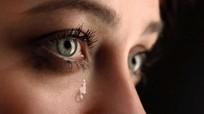 Chảy nước mắt bất thường là dấu hiệu tuyến giáp có vấn đề