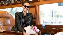 Hoa hậu Thế giới 2013 Megan Young rạng rỡ đến Việt Nam