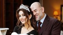 Hoa hậu Mockva trải lòng việc sinh quý tử cho cựu Quốc vương Malaysia