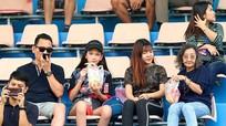 Văn Lâm đưa em gái đi chơi ở Thái Lan