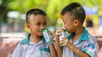 Chương trình 'Sữa học đường' với niềm vui của các em nhỏ