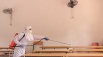 Sở GD&ĐT Nghệ An yêu cầu các trường học tạm dừng tham quan, tập huấn đến vùng dịch