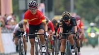 Nữ cua-rơ Việt Nam lần đầu tiên giành huy chương vàng châu Á