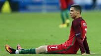 Ronaldo tịt ngòi, Bồ Đào Nha thảm bại trước Hà Lan