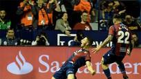 Giấc mơ bất bại của Barca tan biến khi Levante bùng nổ
