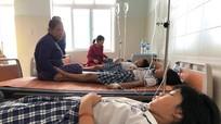 37 học sinh bị ngộ độc trà sữa trong tiệc liên hoan cuối năm
