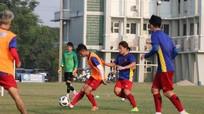 Asiad 2018: HLV Park Hang Seo sử dụng đội hình dự bị đấu Olympic Nepal?