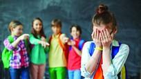 Dấu hiệu 4 kiểu bắt nạt phổ biến con trẻ có thể gặp ở trường