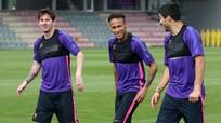 """Messi là VĐV xuất sắc nhất mọi thời đại; Barca bỏ phiếu """"giải cứu"""" Neymar"""