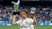 """Liverpool """"trói chân"""" Sadio Mane bằng lương khủng; Modric là chủ nhân Quả bóng vàng 2018?"""