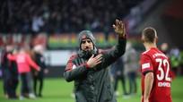 Ribery đi vào lịch sử Bundesliga; Real và Barca tranh nhau Jadon Sancho