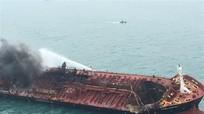 Nghệ An: Người thân ngóng tin thuyền viên trên tàu bị cháy ở Hồng Kông