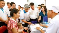 Vắcxin 5 trong 1 mới được miễn phí cho trẻ