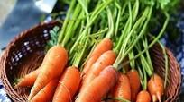 """Cà rốt thành """"độc dược"""" nếu ăn theo cách này"""