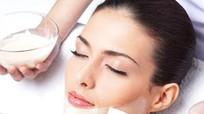 Hướng dẫn làm mặt nạ sữa chua để tái tạo da sau 1 tuần làm việc căng thẳng