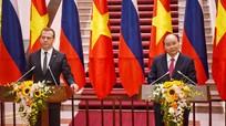 Thủ tướng Nga: Ưu tiên hợp tác với Việt Nam về dầu khí