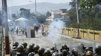 Ngoại trưởng Nga: Mỹ có kế hoạch cung cấp vũ khí cho phe đối lập Venezuela