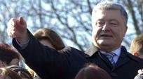 Bầu cử Ukraine: Danh hài Zelensky gia tăng cách biệt với Tổng thống Poroshenko