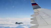Máy bay chở đoàn tháp tùng Tổng thống Nga được tiêm kích Thụy Sĩ hộ tống
