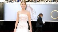 11 bộ váy lộng lẫy nhất trong lịch sử Oscar