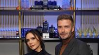 Victoria Beckham diện áo lưới xuyên thấu dự sự kiện cùng chồng