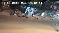 Container va chạm xe máy, 3 mẹ con thương vong