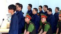 10 người chặn xe gây ách tắc ở Phan Rí Cửa lĩnh án