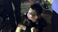 Bị vây bắt thanh niên nuốt ma túy vào bụng để phi tang