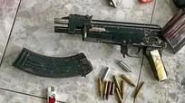 Trùm xã hội đen vừa ra tù đã mang súng bắn gục đối thủ giữa đường phố