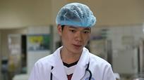 Sáng nay, bác sỹ Hoàng Công Lương hầu tòa