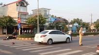 Trên đường về nhà, thiếu nữ 17 tuổi bị ô tô tông tử vong