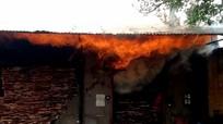 Cháy lớn ở lò sấy gỗ tại Nghệ An