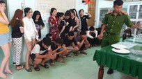 Bắt quả tang 21 thanh thiếu niên sử dụng thuốc lắc tại phòng trọ