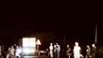 Xe máy va chạm ô tô trên Quốc lộ 48, một người tử vong trong đêm