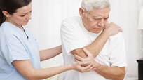 10 lời khuyên phòng tránh đau xương khớp khi chuyển lạnh