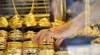 Giá vàng thế giới tăng lên mức cao nhất trong 2 tuần qua