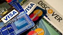 Trẻ đủ 6 tuổi có thể mở thẻ ghi nợ: Phụ huynh lo không kiểm soát được con