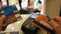 Giả nhân viên ngân hàng mời mở thẻ lừa tiền
