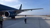 """""""Máy bay đi vào đường băng không được phép"""" ở Cam Ranh"""