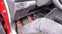 7 bước xử lý nhanh khi ô tô kẹt chân ga