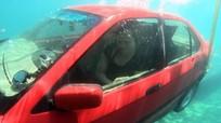 Kỹ năng thoát hiểm khi ô tô lao xuống nước