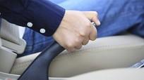 Những sai lầm này của tài xế khiến phanh tay nhanh hỏng