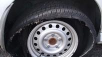 Xử lý thế nào khi xe đang chạy trên cao tốc bị nổ lốp?