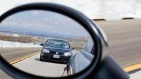"""Kinh nghiệm chỉnh gương chiếu hậu ô tô tránh """"điểm mù"""" cho tài mới"""